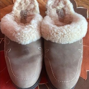 Ugg leather clog